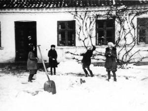Frikvarter med sneboldkast