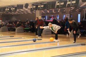 Bowling--(32)